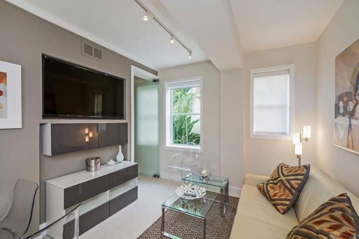 Best location on South Beach! 4 people,new apt!