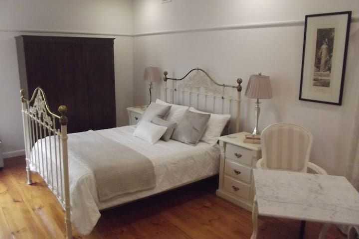 Blue Diamond Luxury Self Contained Studio - Maryborough - Apartament