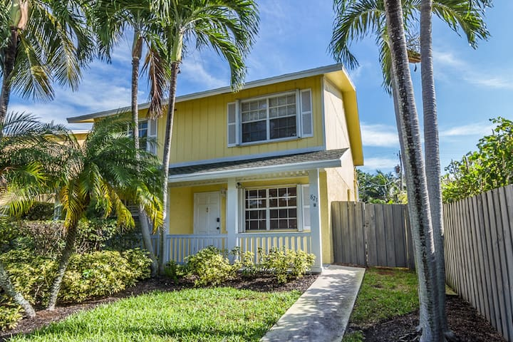 Sunshine cottage by the beach - Delray Beach - Dům