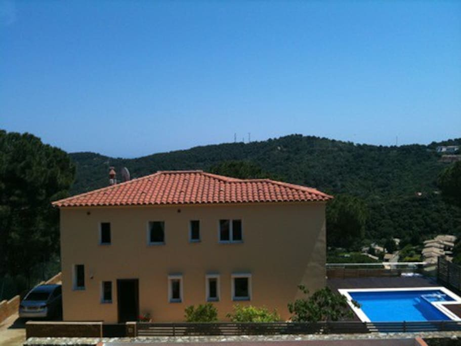 This is the entire villa which is subdivided into 3 self contained apartments, we own the one overlooking the pool.