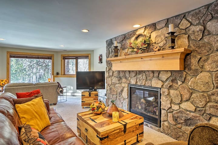 NEW! Fall River Hideaway Only 3 Miles to Rocky Mtn