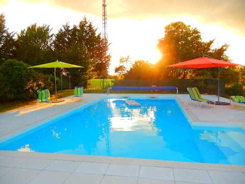 Relax in our rural paradise with a private pool