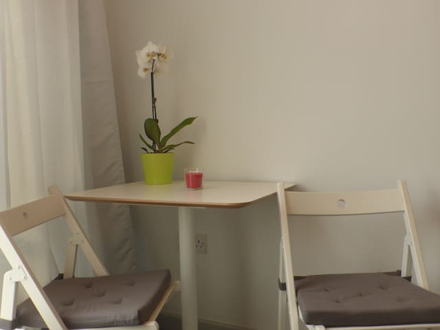 Central Bristol Studio Apartment - Bristol - Apartemen