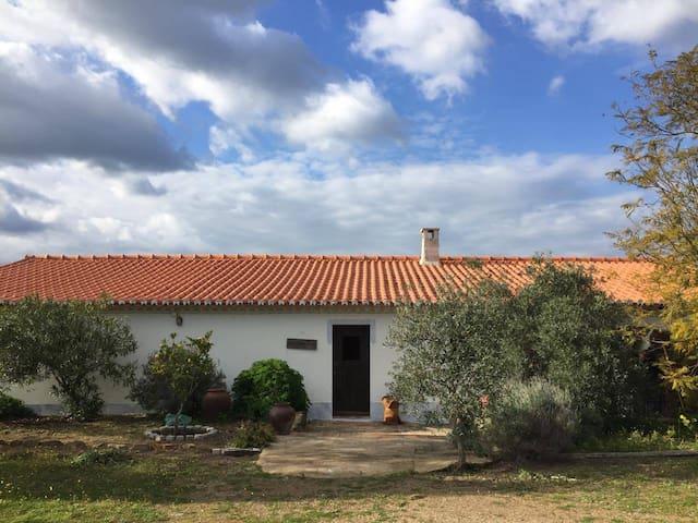 Casa da herdade do Milhano- Mértola