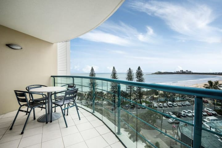 Beachside Mooloolaba Apartment with a View
