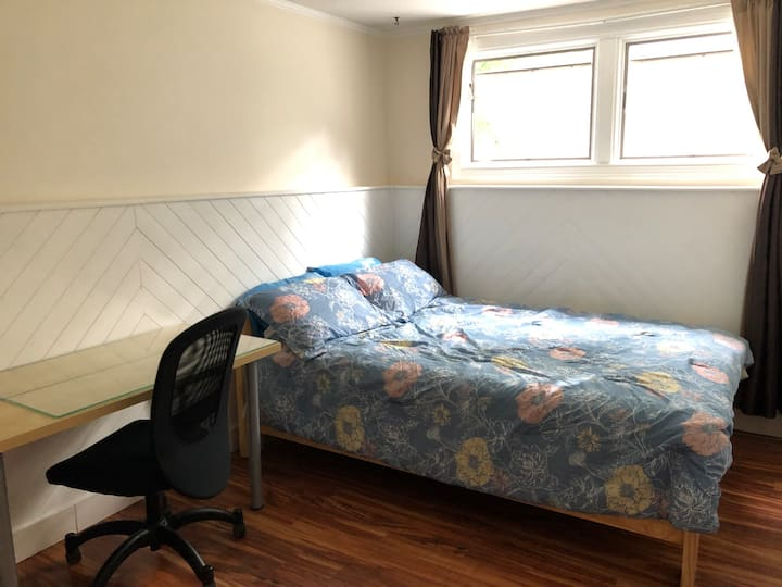 Cozy place for stay in Ottawa