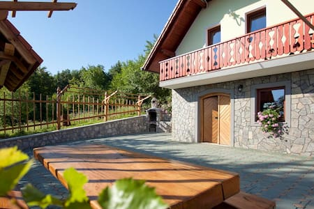 Vineyard cottage Luštek - Trška Gora