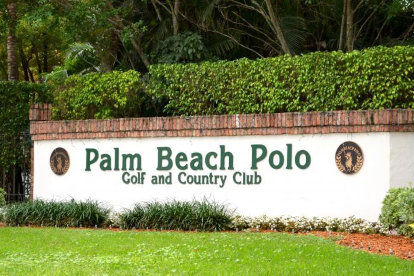 Studio in the Palm Beach Polo and Country Club - Guest suites for ...