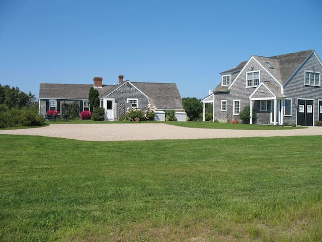 Charming Nantucket Cottage - Nantucket - Huis