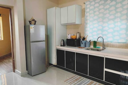 Emerald Apartment - Cozy & Clean in Jinja Town