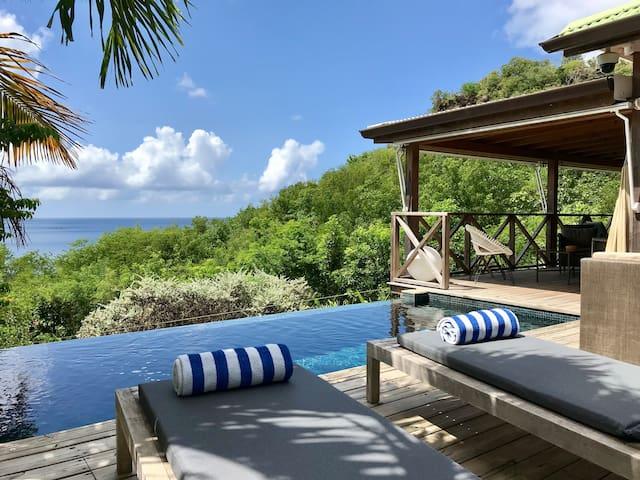 Villa de charme, 4 chambres, piscine, plage à 150m