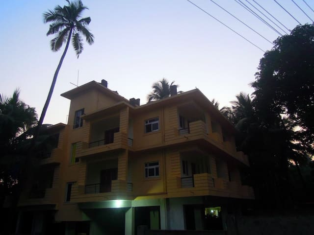 2 bedrooms flat. Shanti villa - Morjim - Apartemen berlayanan