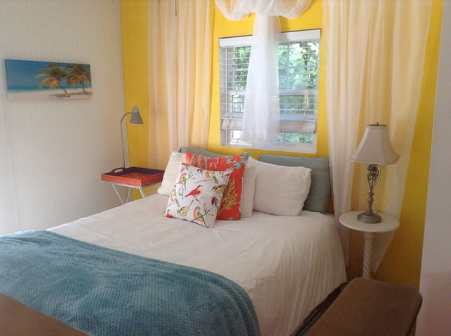 Beachy studio near the Ocean - Tybee Island - Appartement