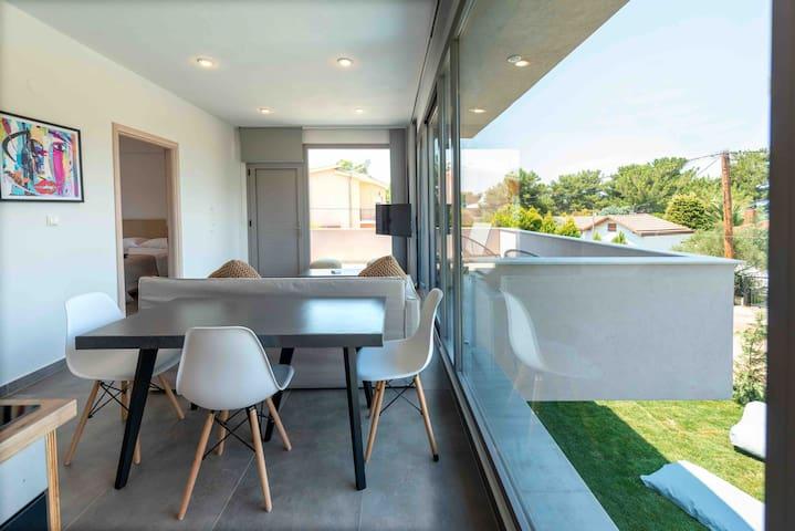 (NEW) Villa SunBlue Modern With View Sleeps 4