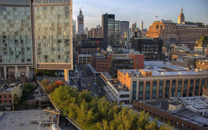 AMAZING APT IN MEATPACKING/CHELSEA MARKET