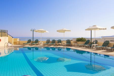 Family Apartments, beach accessible! - Rethymno