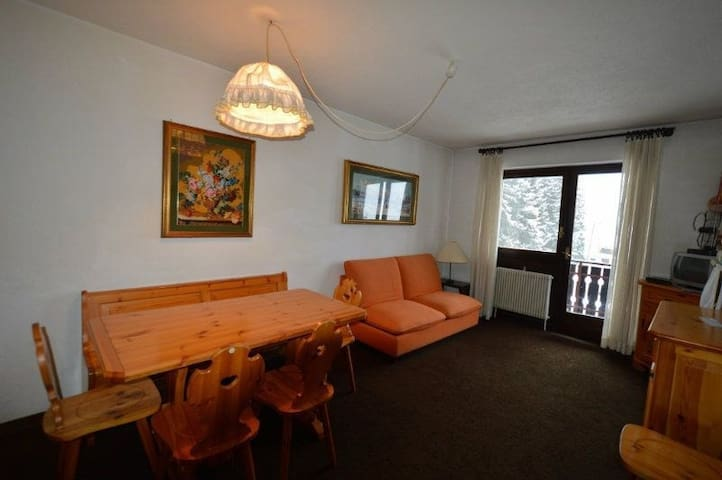 Two Rooms Apartment Great for Skiers - Sauze d'Oulx - Huoneisto