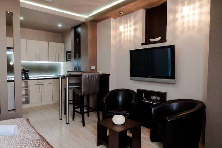 Royal Apartment Kecskemét - Kecskemét - Hus
