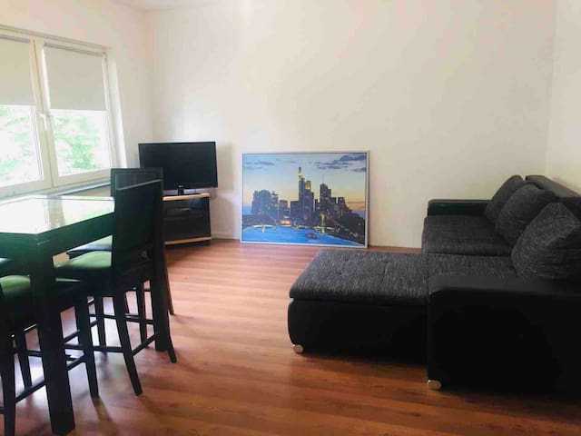 DELUXE-Room in Frankfurt-Offenbach with NETFLIX
