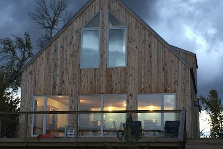 Waterfront Danish Eco Retreat: Accessible all Ages