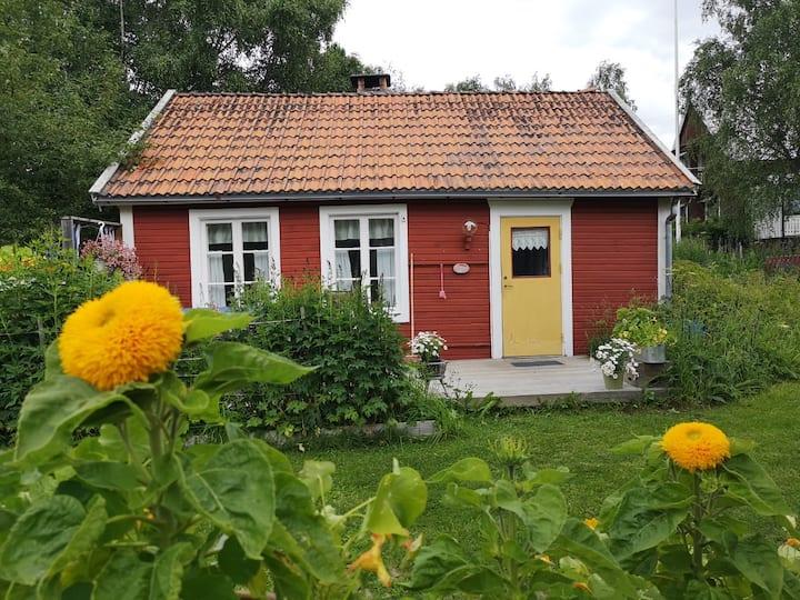 Mysig stuga i Föllinge.