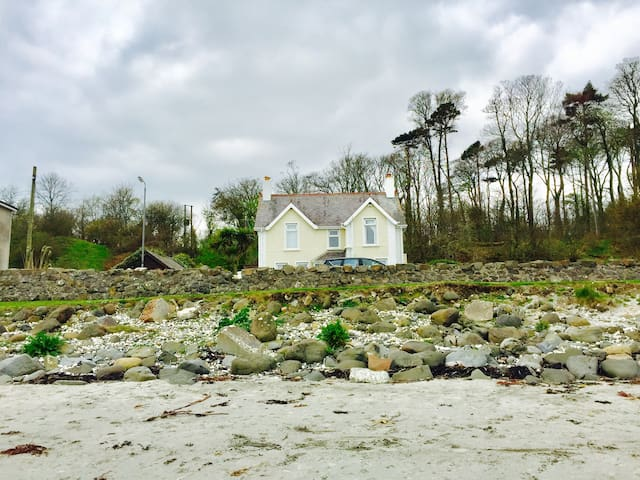 Beach House on Causeway Coast, Northern Ireland - Larne - House