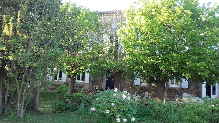 Beautiful Manor in Gironde - Le clos d'Arches