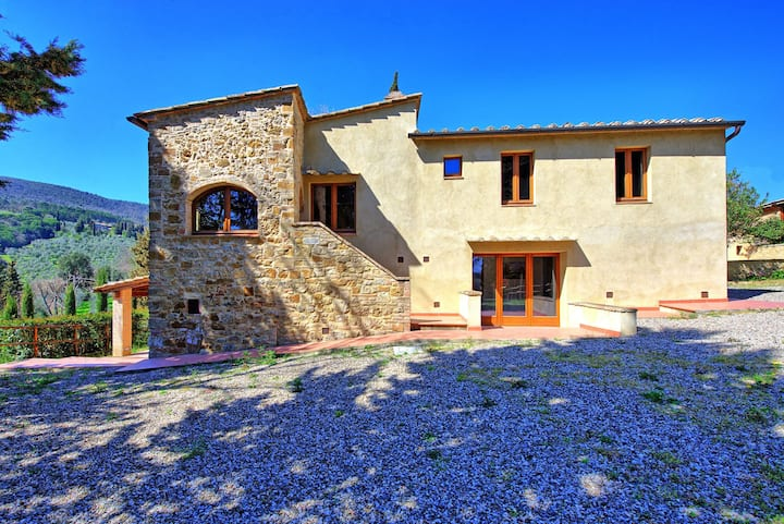 Villa Panizzi – Vacation Rental with swimming pool in San Gimignano, Chianti