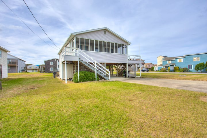 5200 Seaside * 5 Min Walk to Beach * Walk to Restaurants and Shops
