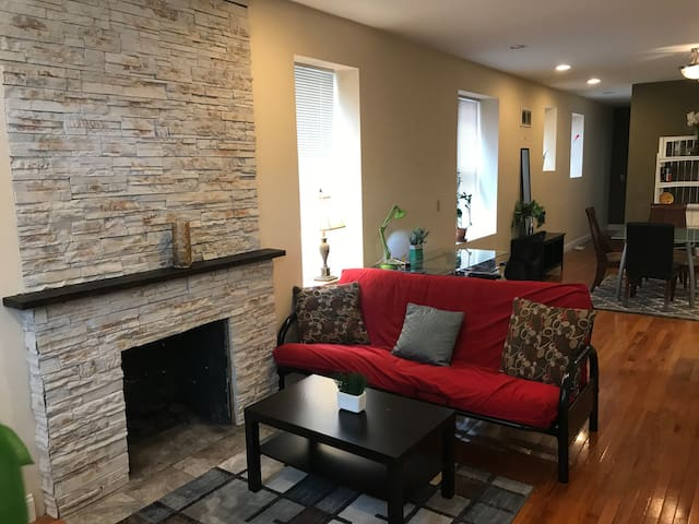 Cozy vacation rental in St Louis