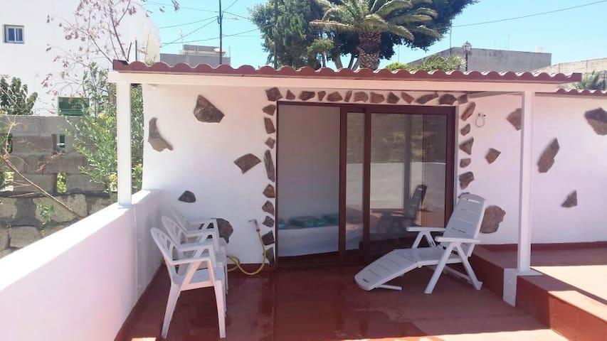 Casa rústica, terraza con vistas - Santa Cruz de Tenerife - Dom