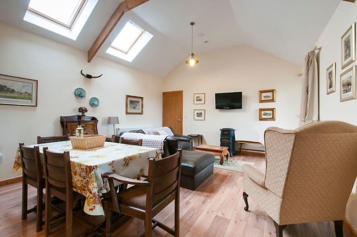 Talli-ho Anglesey - Hunters Lodge