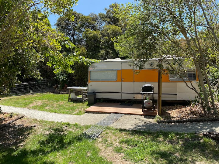 Caravan at Willow Grove Matakatia Bay