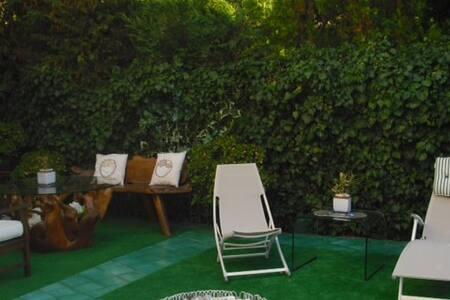 Camera matrimoniale a Sanremo - Sanremo - Villa