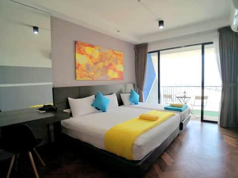 Lv40 Penthouse Sunrise Seaview Balcony, 1km Gurney