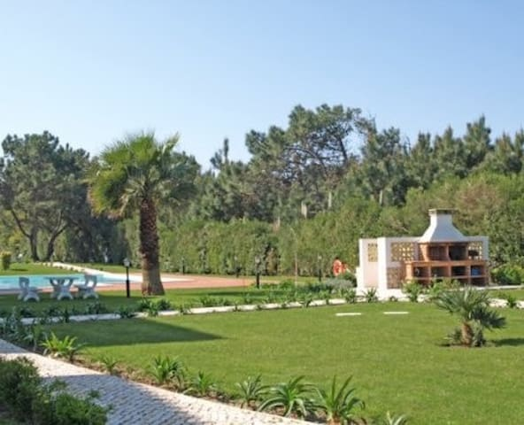 Beautiful Surf, Golf and Beach Apartment - Amoreira - Apartament