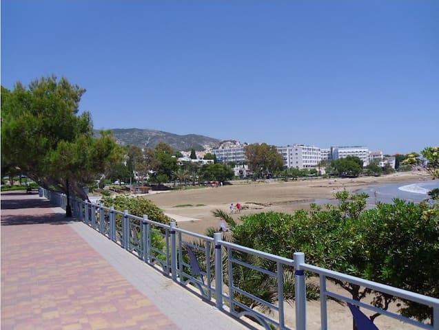 Apartamento en playa las fuentes