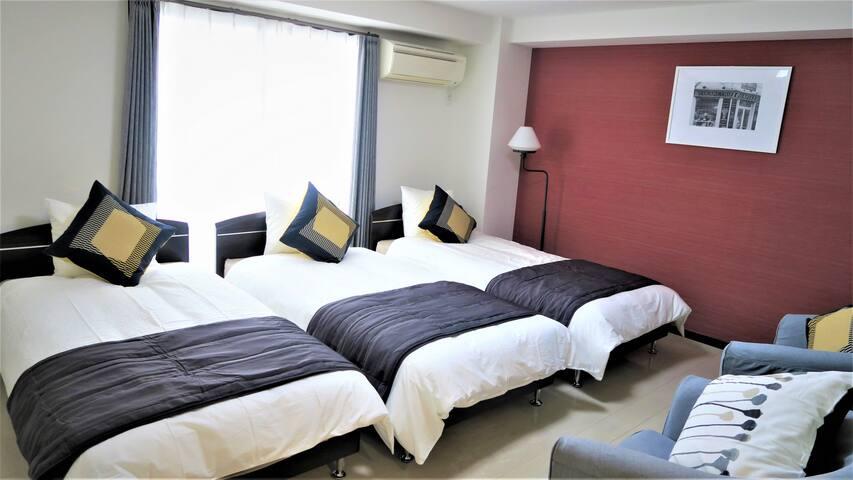 Comfort Room Shinsaibashi 402