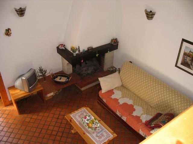 Carinissimo appartamento per l'autunno ad Enego - Enego - Apartemen