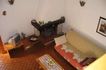 Carinissimo appartamento per l'autunno ad Enego - Enego