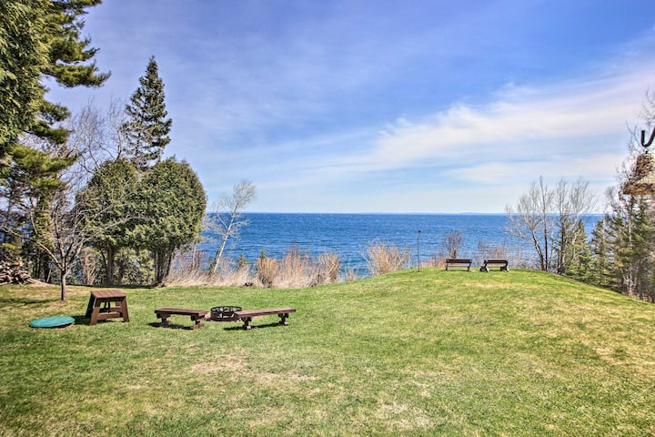 NEW! Lake Superior Beachfront Home 15 Mi to Duluth