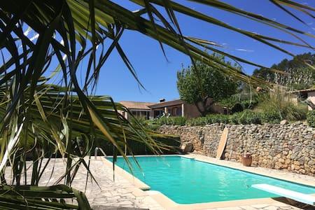 Maison d'O - swim & relax with beautiful views - Bagnols-en-Forêt - Huis