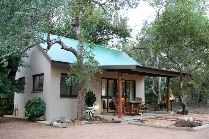 baBUSHka Self Catering Cottage & Kruger Safaris - Hoedspruit