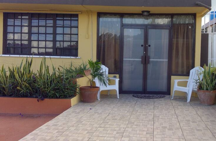 Conveniently located Apt. to Ceiba Ferry & Airport