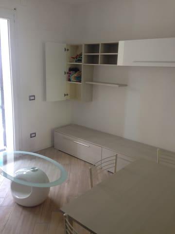 Appartamento nuovo in nuova palazzina - Mediolan - Apartament