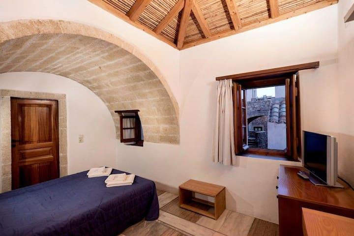 Budget Double Room | Bastione Malvasia Hotel