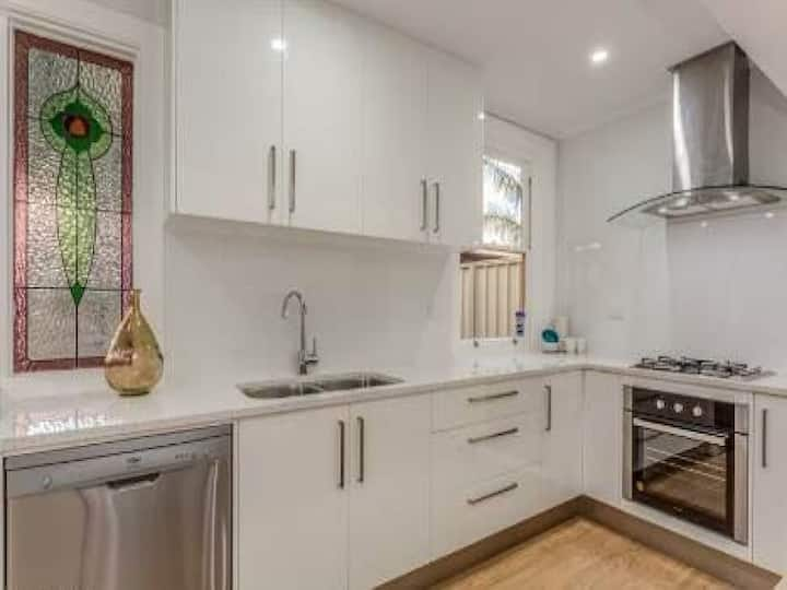 Adelaide City Fringe House, clean and refurbished.