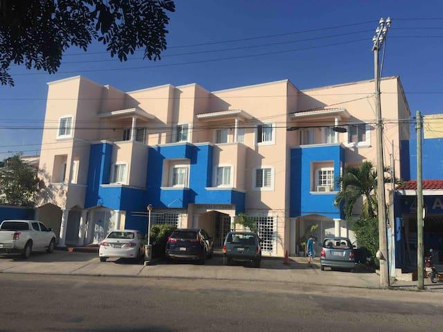 Centrico Depta 2do Piso  Edificio Islas del Caribe