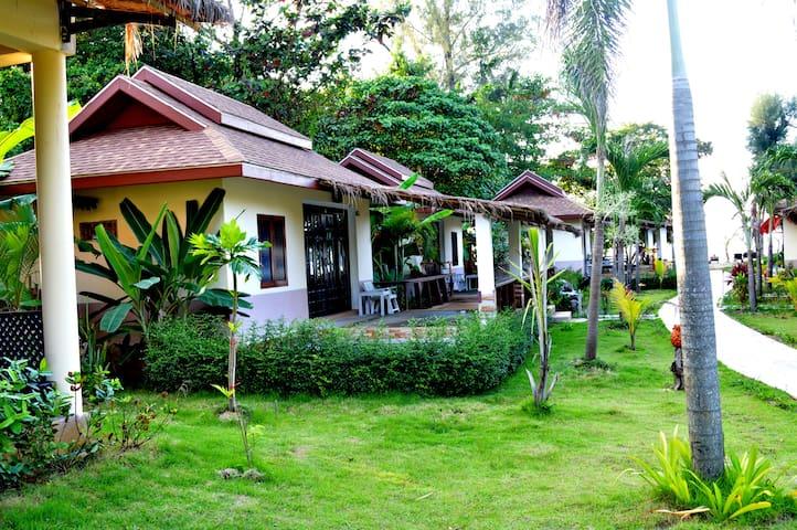 Villa Honey Moon1,Private Pool,Banana Beach resort
