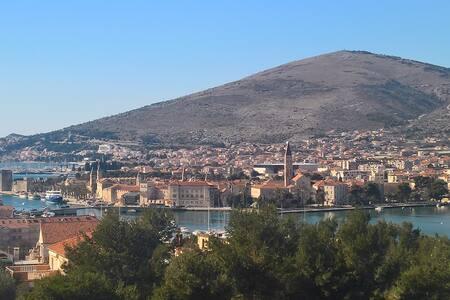 Villa Duje Old town Trogir - Trogir - Villa